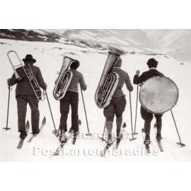 Musikern auf Skiern | Fotokarte von Discordia