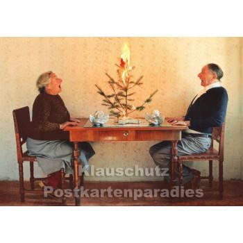 Der Baum brennt | Witzige Weihnachtspostkarte