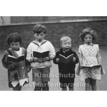 Kinder Chor | Foto Postkarte s/w