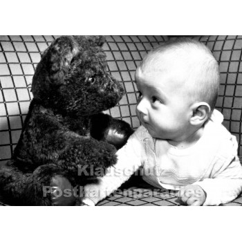 Foto Postkarte s/w | Kind und Teddybär