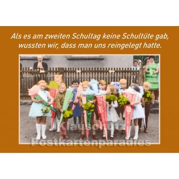 10 Postkarten vom Postkartenparadies zum Thema Schule im Sparpaket. | Am ersten Schultag - JS358