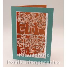 Doppelkarte mit Lasercut-Stanzung von ActeTre / Quire - Blumentöpfe (aufgeklappt)