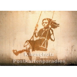 Huraxdax Graffiti Postkarte: Mit Schwung