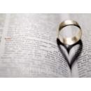 Hochzeitsring auf Wörterbuch. Hochzeitskarte Postkarte