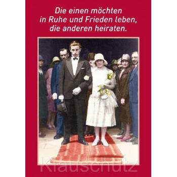 Die einen möchten in Ruhe und Frieden leben, die anderen heiraten. Discordia Postkarten und Hochzeitskarten