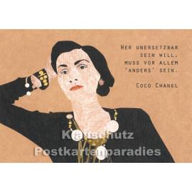 Holzschliffpappe Zitat Postkarte von Studio Blankensteyn   Coco Chanel